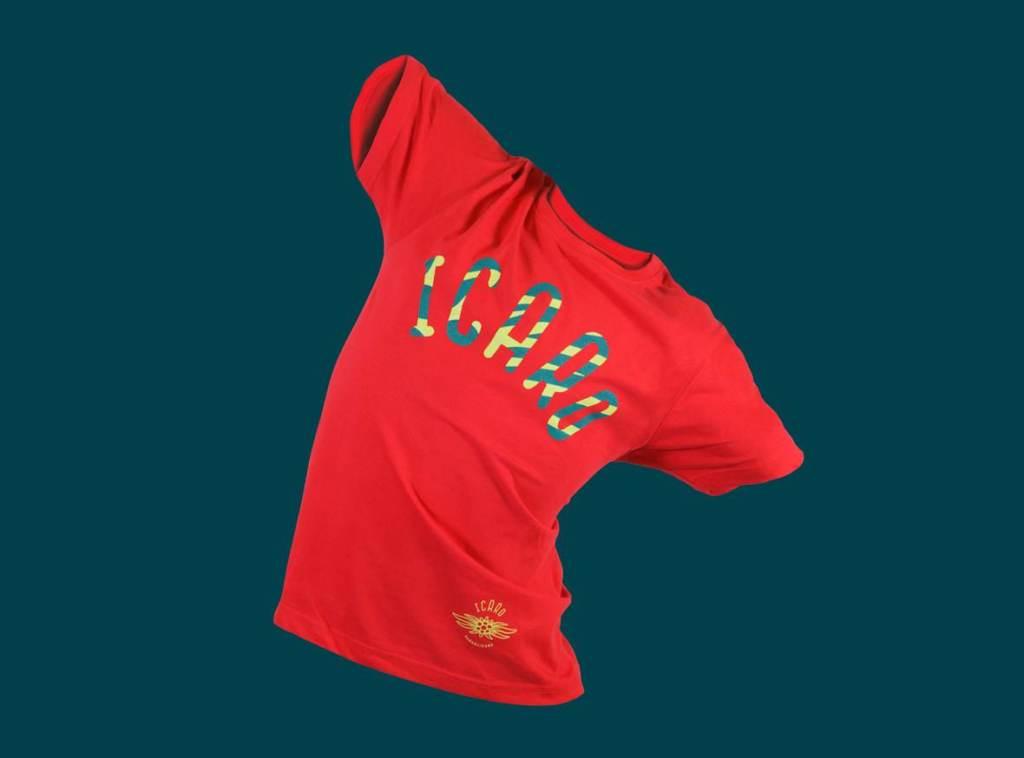 icaro_basic_shirt_rot_stehend_dsc5772